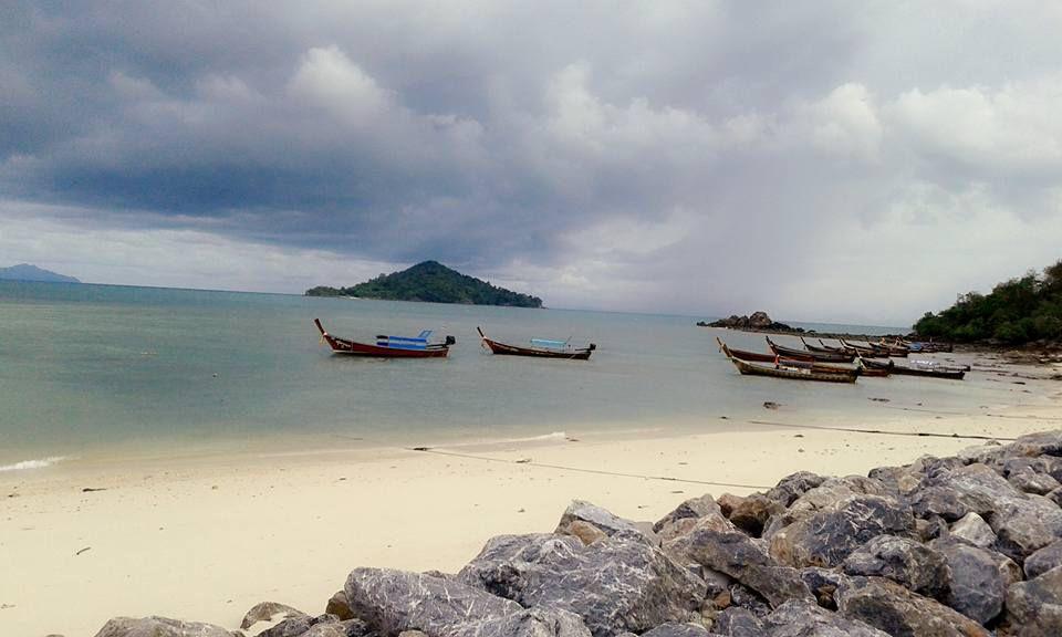 12_เกาะบุโหลน