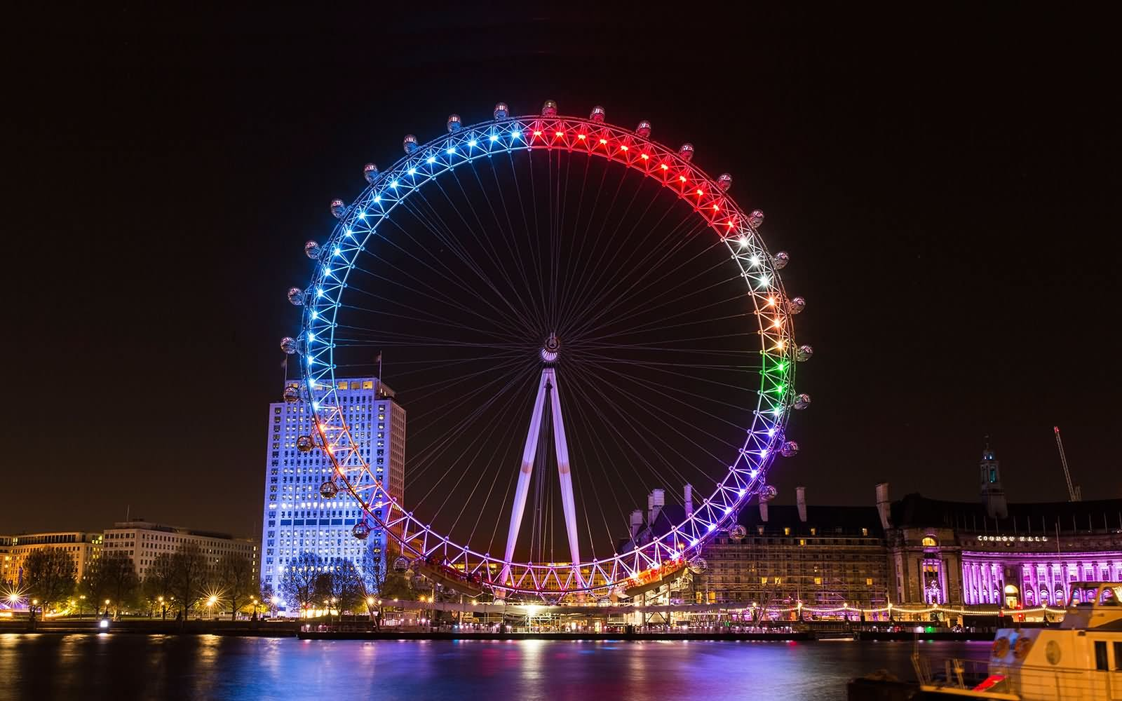 Beautiful-Night-Lights-On-London-Eye-2