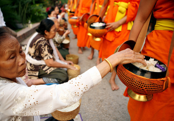 LaosCelebratesSongkranWaterFestival2z7MDWpPAq6l